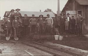 Arbetare vid Rosdala glasbruk