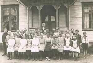 Klavrestroms skola ca 1918 medium stor